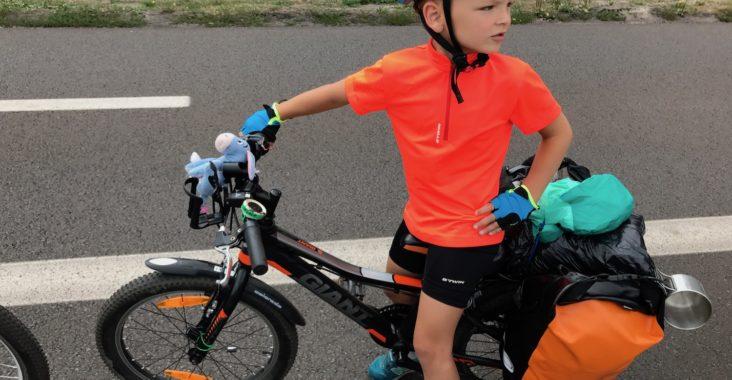 Emil na rowerze